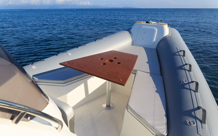 Deck Blackfin Elegance 8